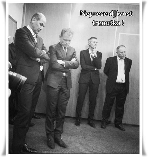 Neprecenljivo Janez Janša (foto and3jal)