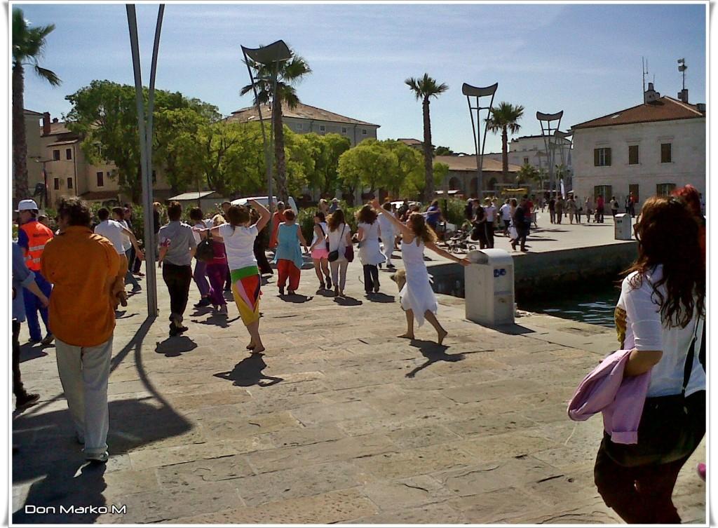 Dancing in the street 2014 Koper 14 (blog Don Marko M)