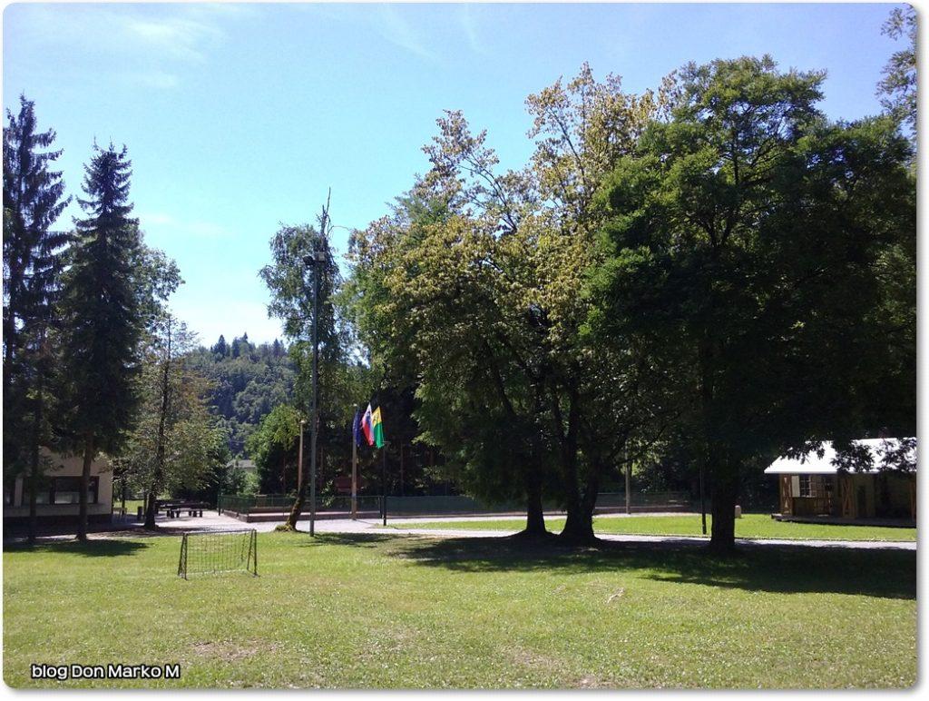 Pograjski dom Polhov gradec (blog Don Marko M)2